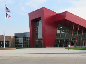 Linn-Mar High School North Entrance