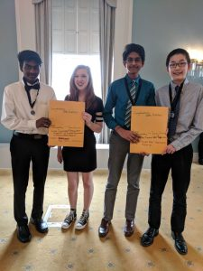 Four Oak ridge students advancing to state in NHD
